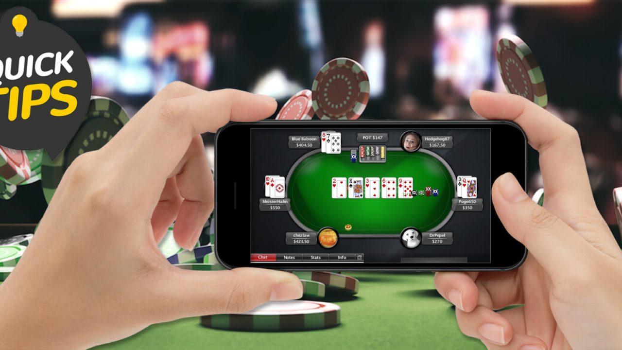لعب البوكر عبر الإنترنت